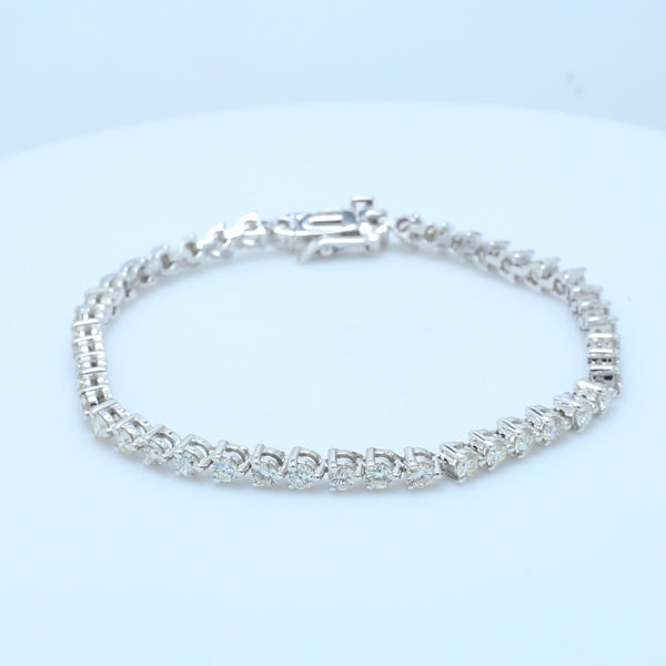 Stunning White Gold Diamond Tennis Bracelet - 1477 Jewelers