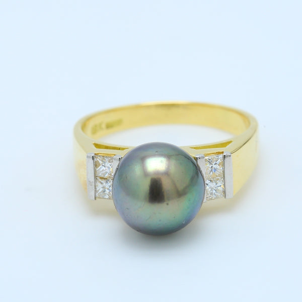 Black Tahitian Pearl and Diamond Ring in 18k Yellow Gold - 1477 Jewelers