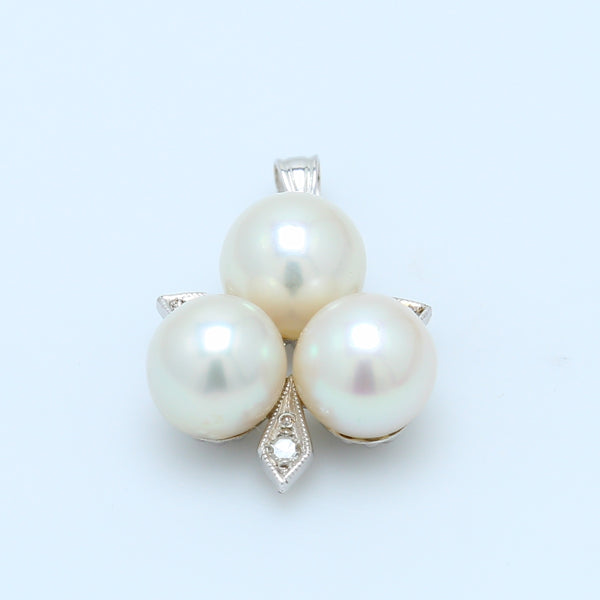 3 Round Pearl Pendant in 14k White Gold - 1477 Jewelers