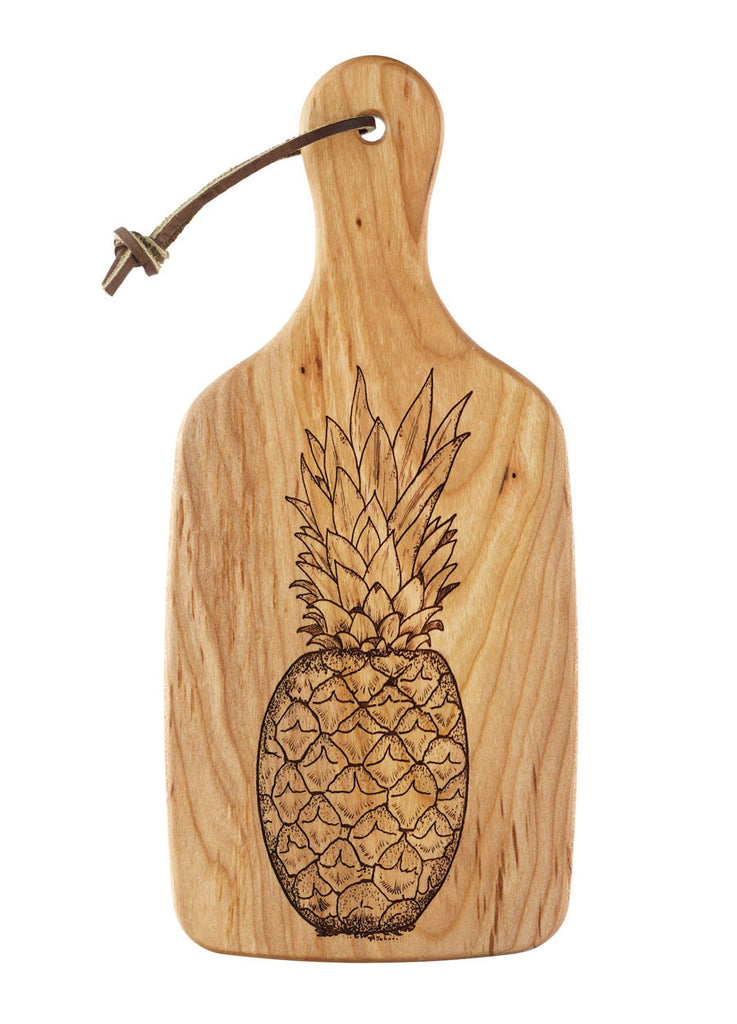 cutting board with engraved pineapple design