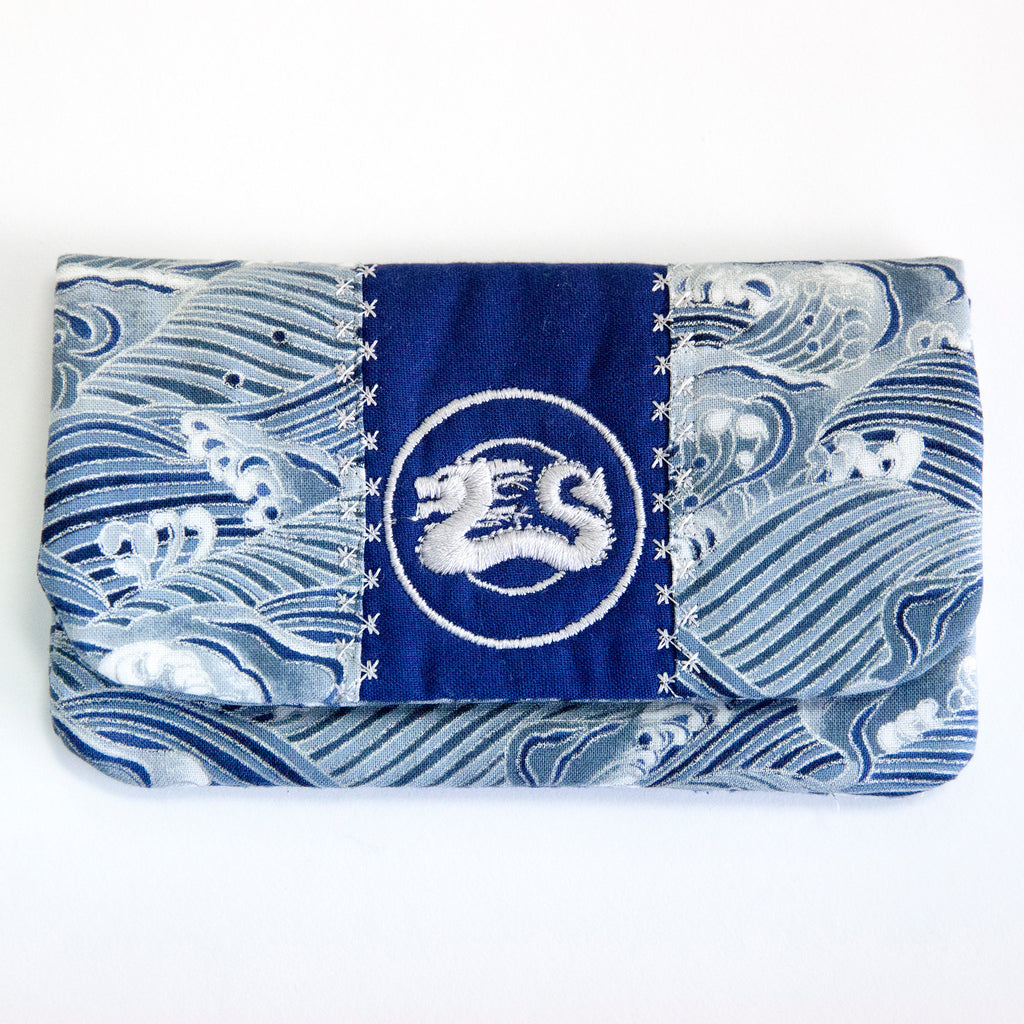 """Waves"" Wallet"