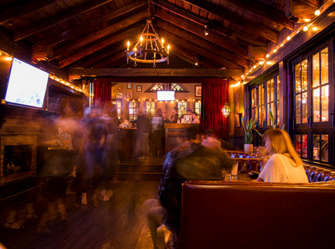 Dining room at the Den on Sunset, a Los Angeles restaurant using Alen HEPA air purifiers