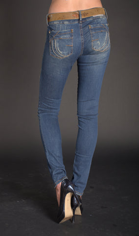 Dark, distressed, skinny jeans with belt