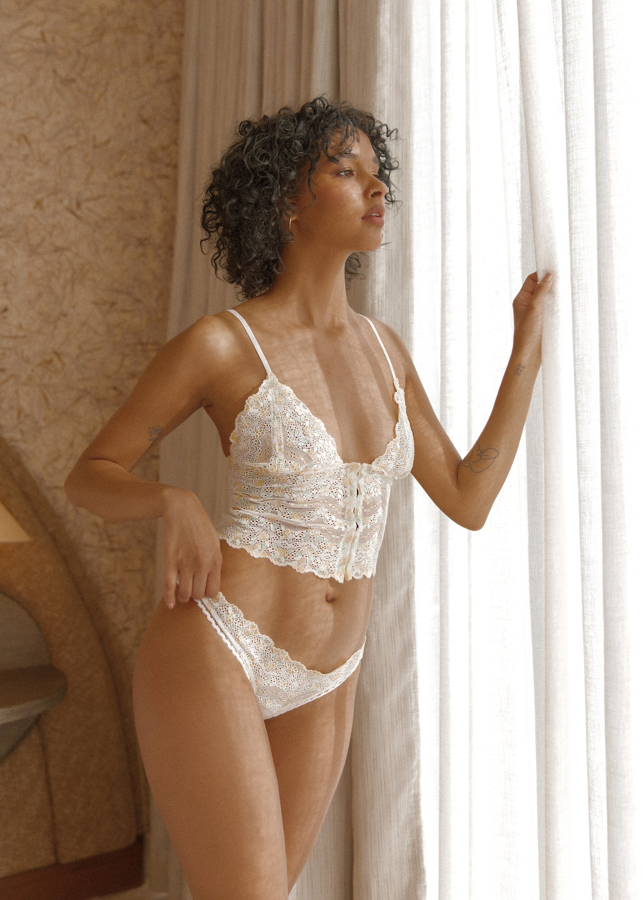 NILE LACE BUSTIER - Lurelly