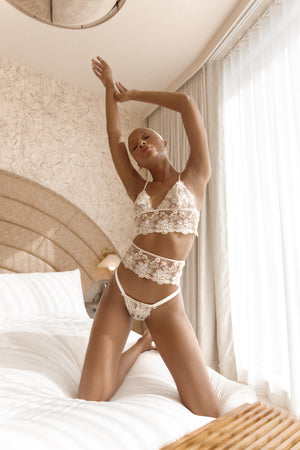 LEONA LACE GARTER Thumbnail - Lurelly