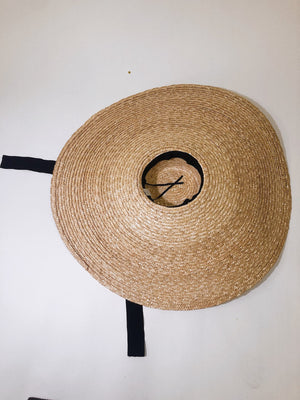 LURELLY OVERSIZED STRAW HAT Thumbnail - Lurelly