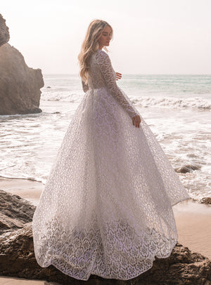 DAISY LACE GOWN Thumbnail - Lurelly