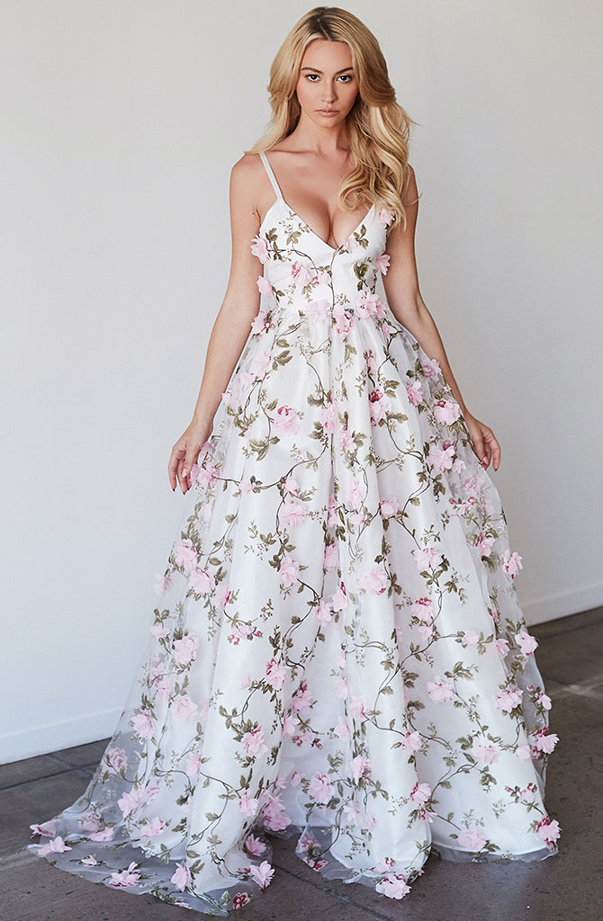 3D FLORAL GOWN - Lurelly