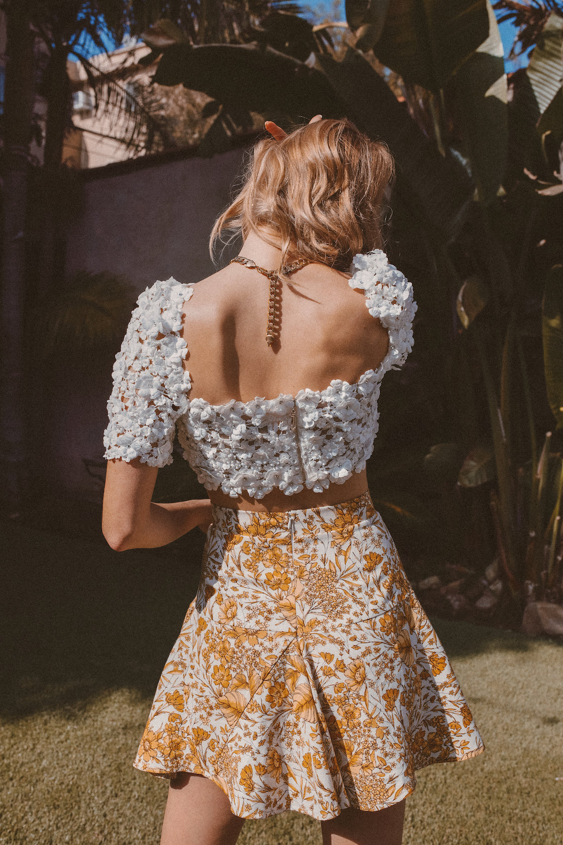 BEADED FLORAL TOP - Lurelly