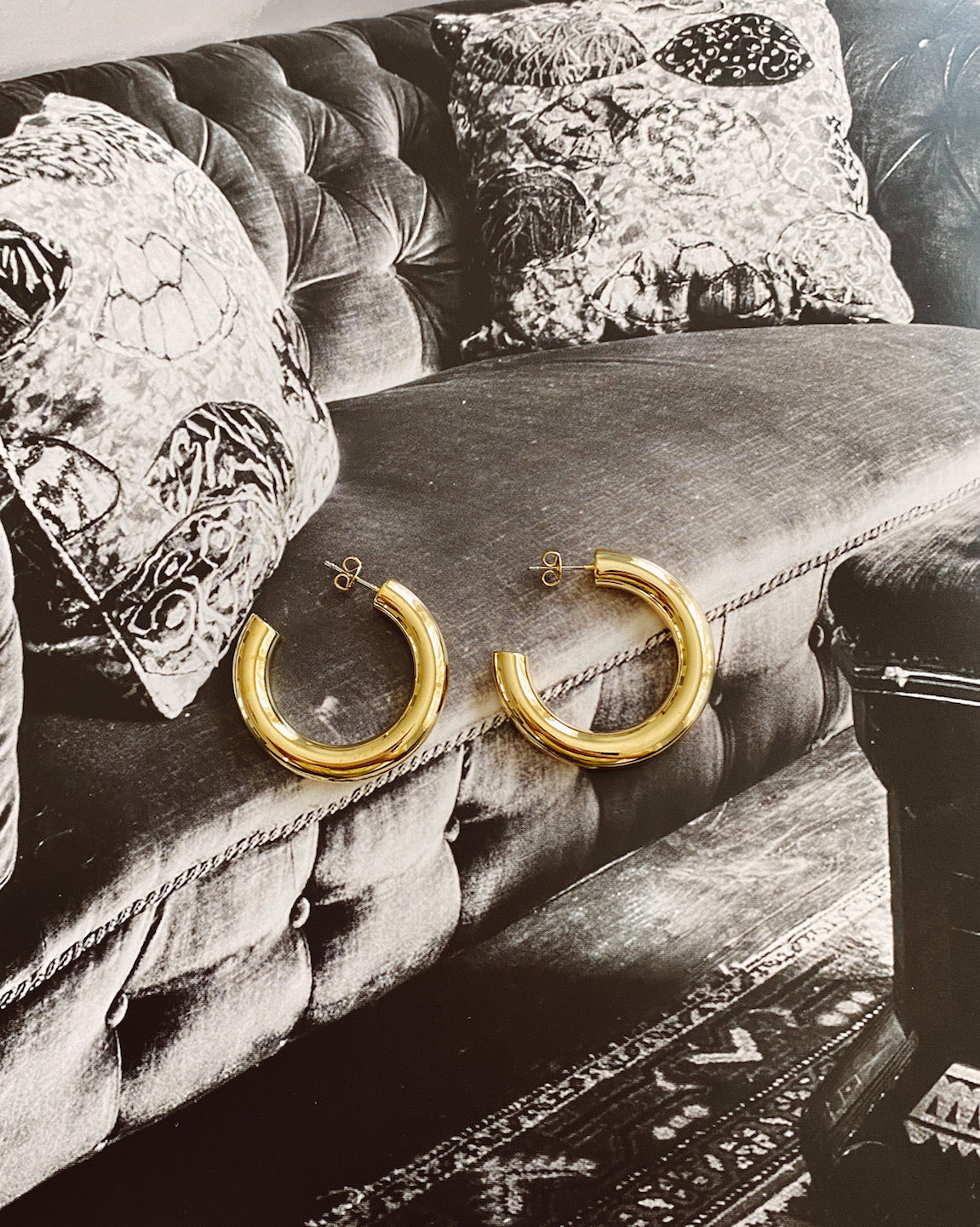 FANCY GOLD HOOPS - Lurelly