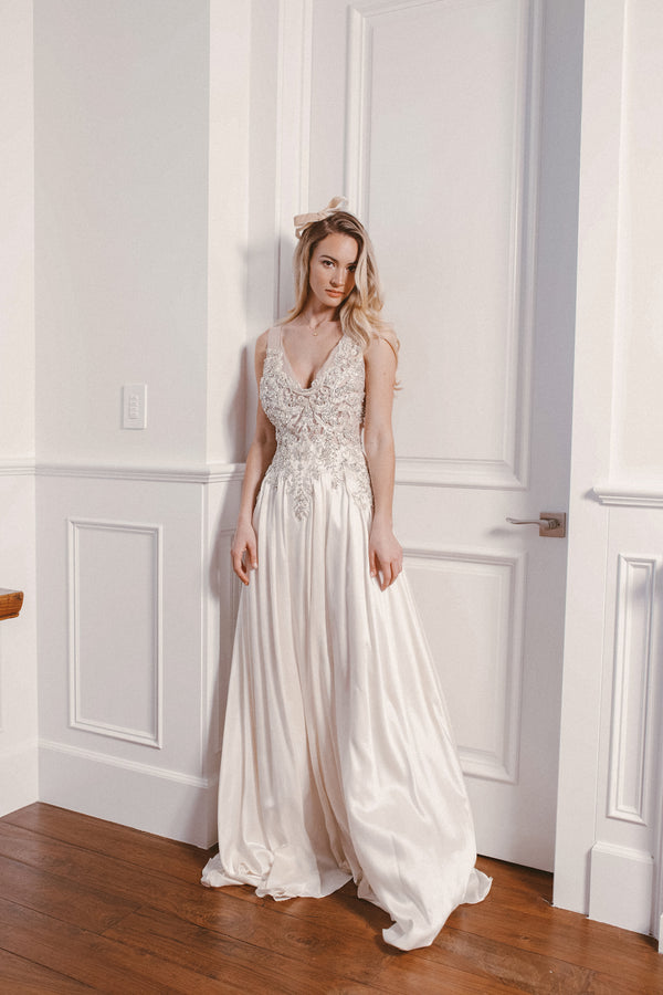 ARO JEWELED GOWN - Lurelly