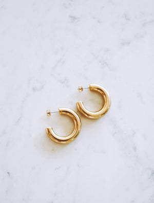 LITTLE GOLD HOOPS Thumbnail - Lurelly