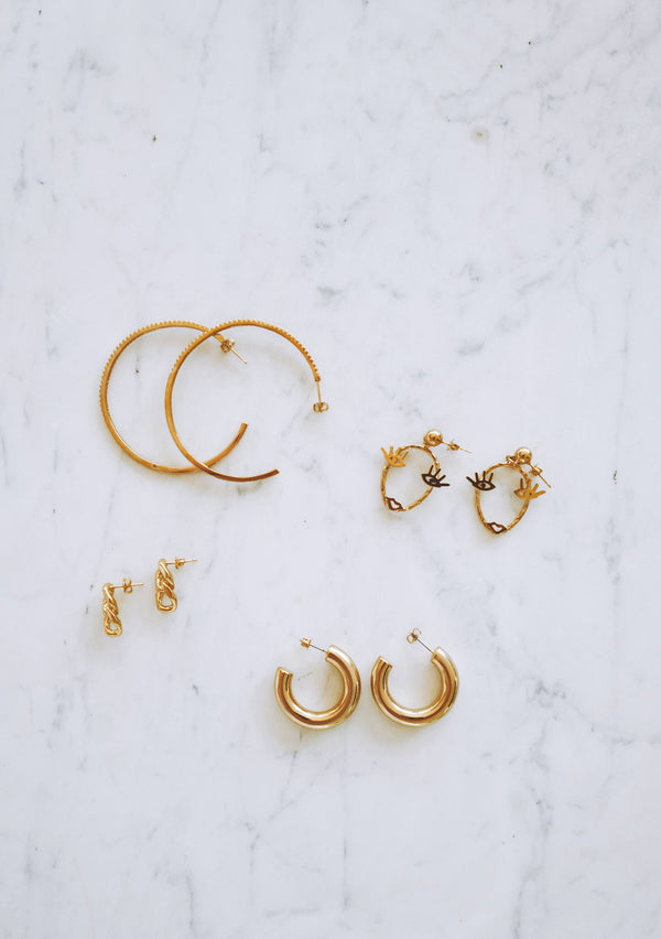 SASHA HOOPS - Lurelly