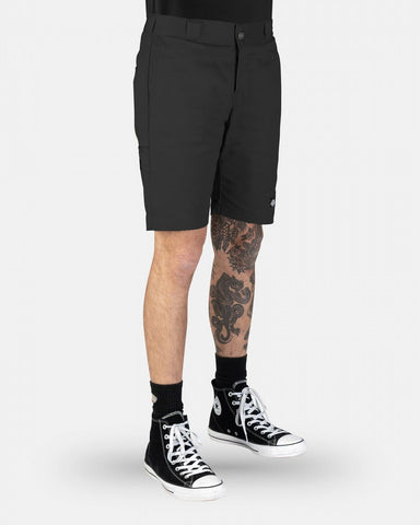 WR801AU SKINNY STRAIGHT SHORT - BLACK