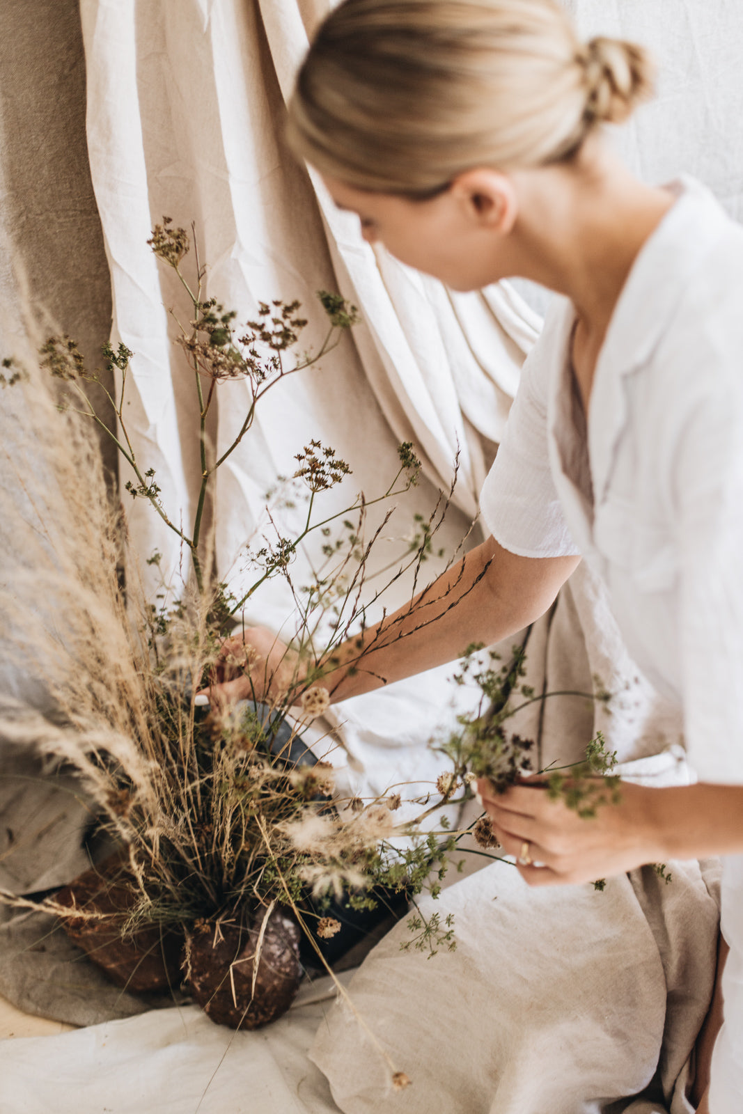 Floral design, natural elements in our seasonal shoot