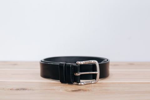 The Classic Belt in Black w/ silver buckle