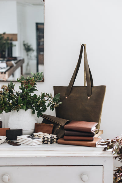 The Flora Tote in Moss