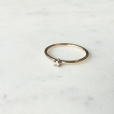WHITE DIAMOND / STACK RING
