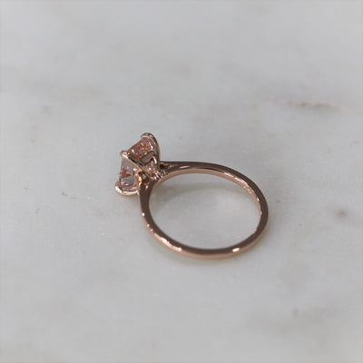 EMERALD MORGANITE RING