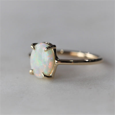 OPAL RING / OVAL