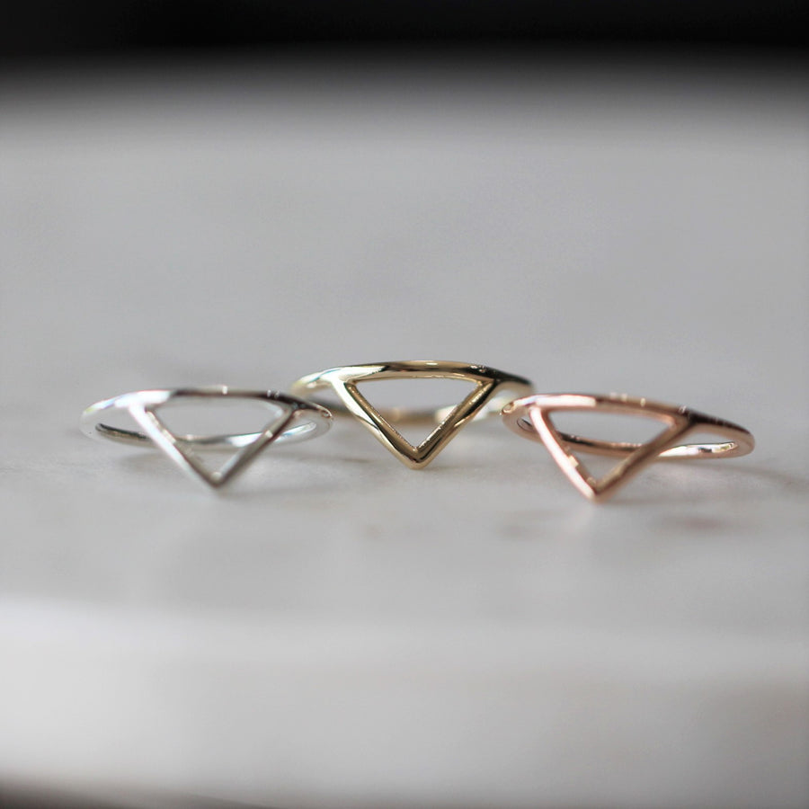 DAISYS ARROW / RING
