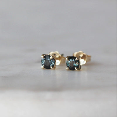 SPINEL / STUDS