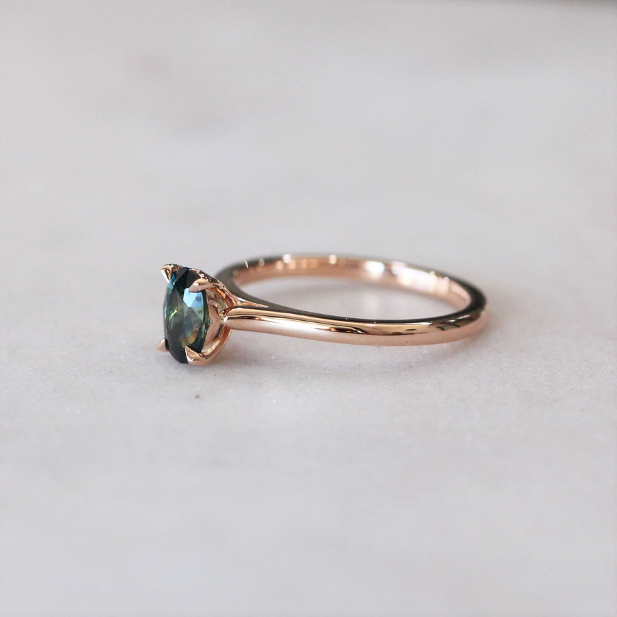 OVAL PARTI RING