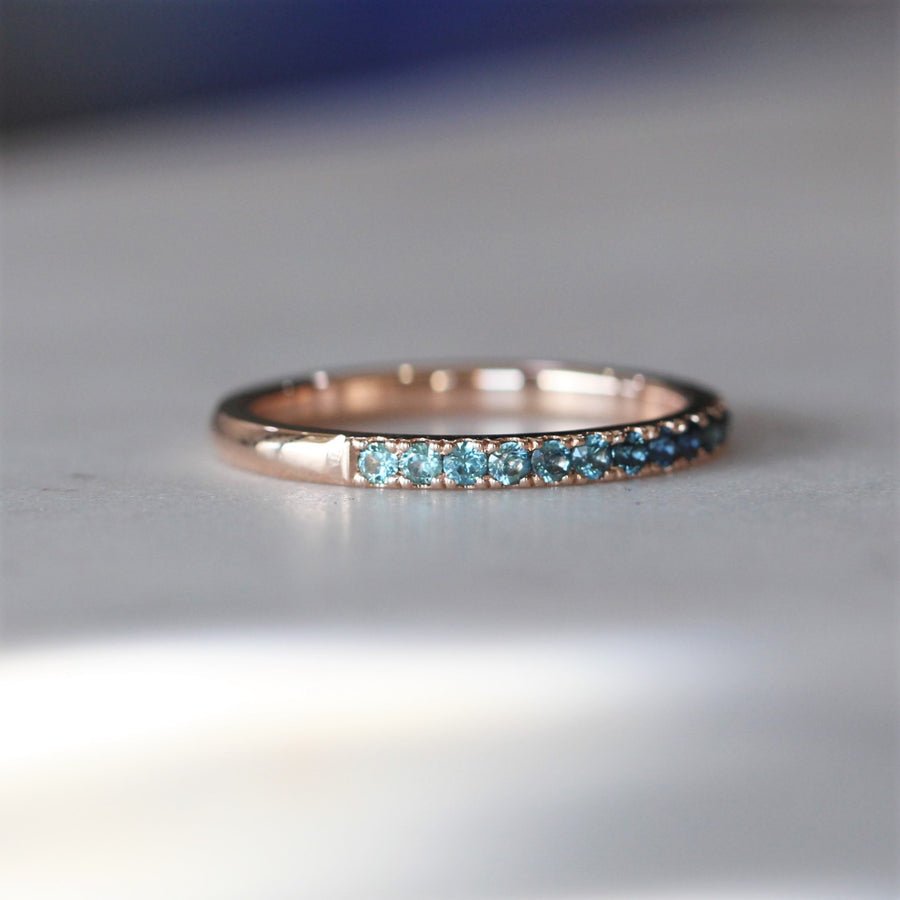 GRADIENT / SAPPHIRE RING