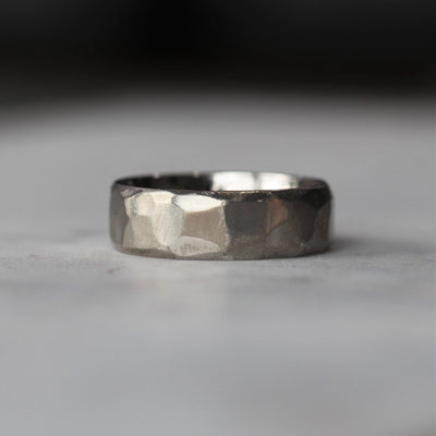 TITANIUM TEXTURED / WEDDING BAND