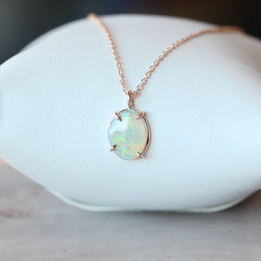 OPAL NECKLACE / FREEFORM