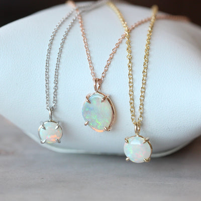 OPAL NECKLACE / ROUND