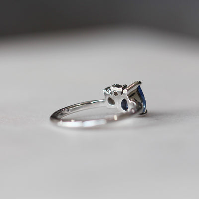 GRACE / ASYMMETRIC RING