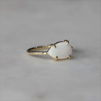 OPAL / FREE FORM RING THREE