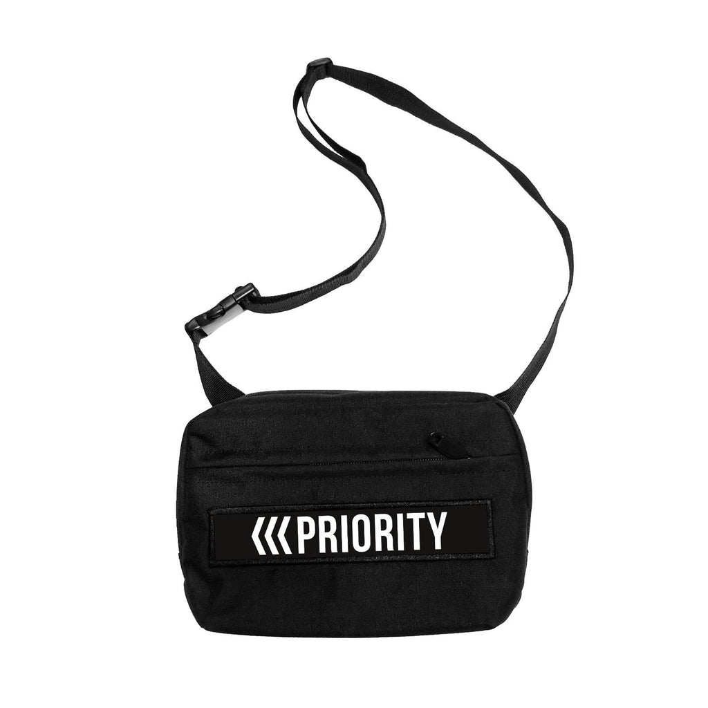 Priority Shoulder Bag Black
