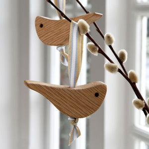 Oak Love Birds - Hop & Peck