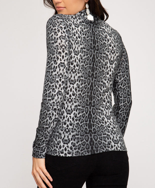 Break The Rules Leopard Turtle Neck Top