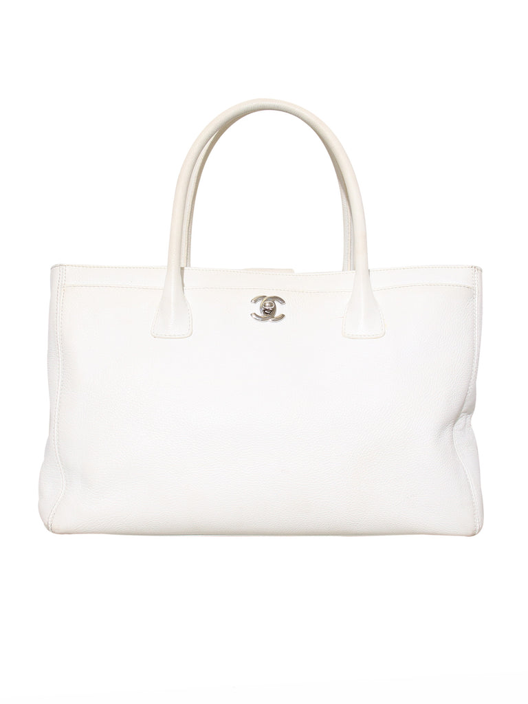 Chanel Leather Cerf Tote