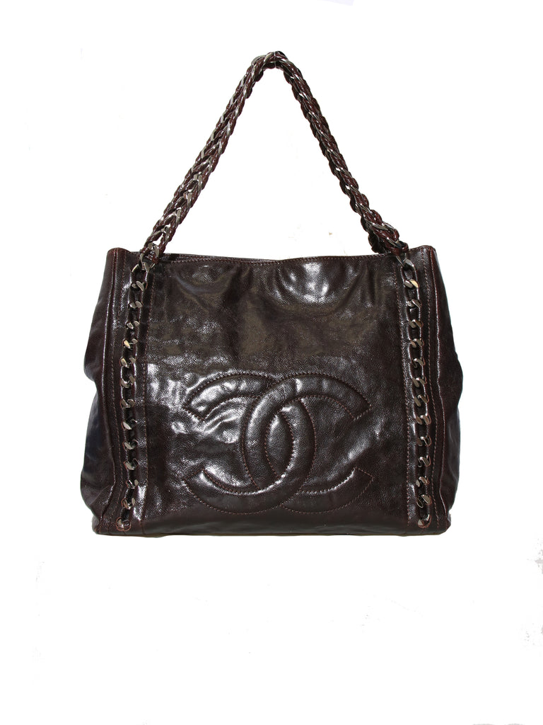 Chanel Luxe Ligne Leather Shoulder Bag
