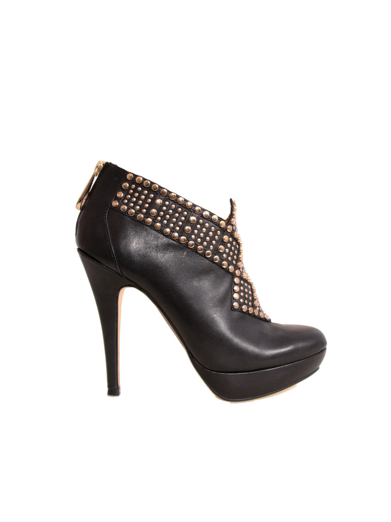 07af2606a468 Ted Baker Studded Leather Booties – Sabrina s Closet