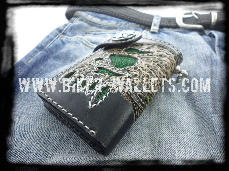 """Greenbeard's Skull"" 6"" Custom Handmade Stingray Men's Biker Wallet"