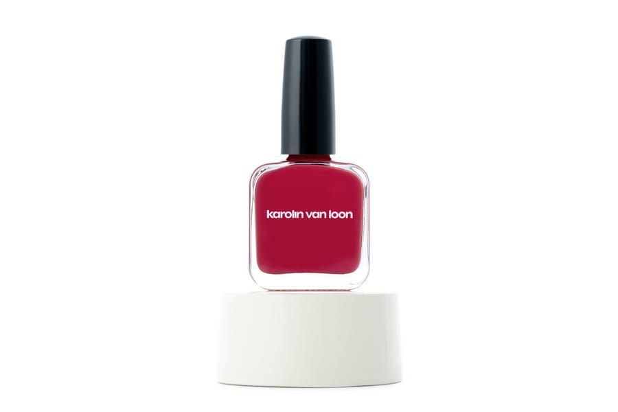 Karolin Van Loon Nail Polish 01 Rocher Rouge