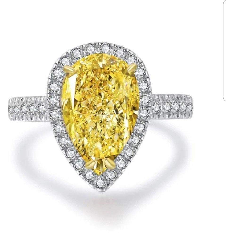 4CT Pear Diamond Veneer Cubic Zirconia halo 14K Gold Ring. - Diamond Veneer Jewelry
