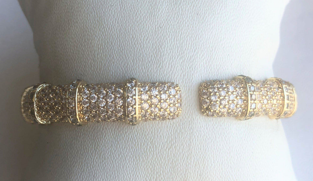 Face-off Zirconite Cubic Zirconia Micro-pave Hinged Classic Bangle Bracelet. 698B10CZ Bracelet Zirconmania Clear Gold