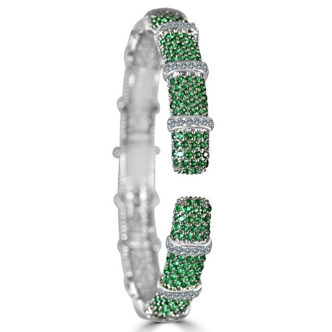 Face-off Zirconite Cubic Zirconia Micro-pave Hinged Classic Bangle Bracelet. 698B10CZ