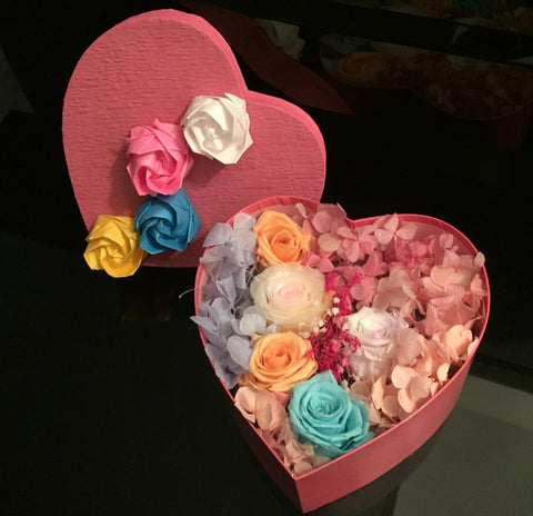 Preserved Flower Gift Box - Heart Me
