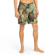 311BoardShorts_MENS_BOARDSHORTS-CLASSIC_CAMO_MA3311 on model front view