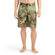 312BoardShorts_MENS_BOARDSHORTS-CLASSIC_CAMO_MA3312 on model front view