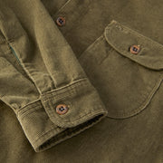 CorduroyWorkShirt_MENS_OUTERWEAR_OLIVE_MA5006 Close Up Button Details