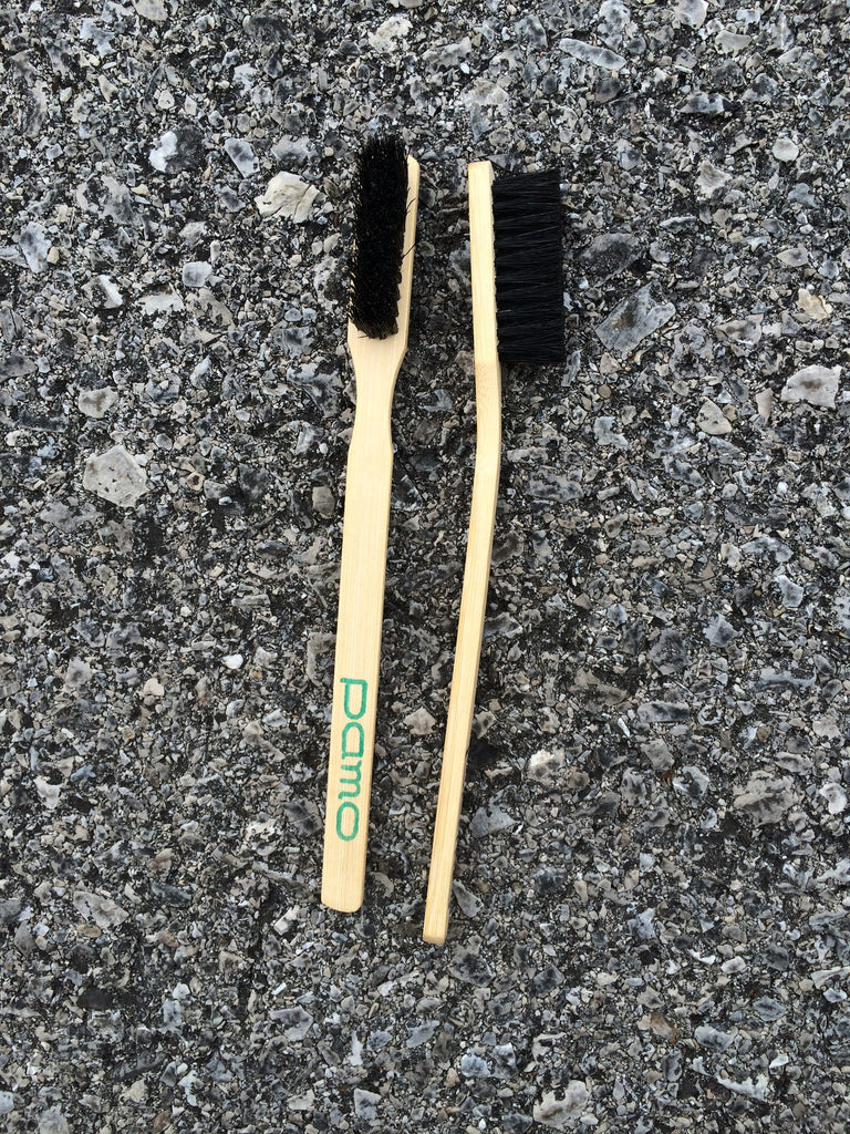 PAMO Bamboo Brush