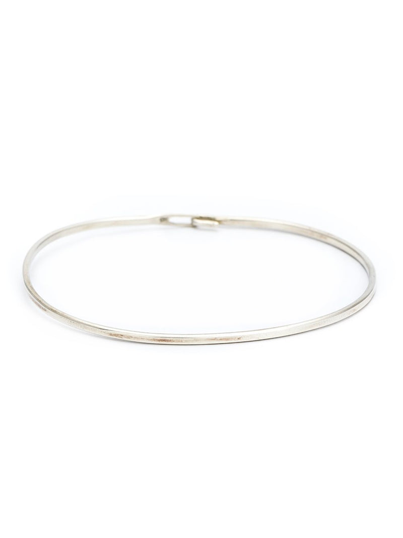 PLAIN HOOK BANGLE